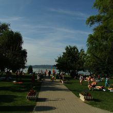 Balatonberény, Municipal beach