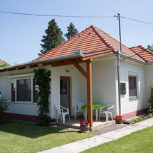 Rózsa Holiday House